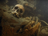 A Human Skull Lies Inside the Wreckage of a German U-Boat Lámina fotográfica por Skerry, Brian J.