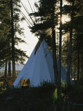 A Tepee is Built on the Edge of Cli Lake Fotografisk tryk af Raymond Gehman