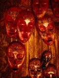 Painted Masks for Sale in the Village of Karang Bayan, Lombok, West Nusa Tenggara, Indonesia Fotografisk trykk av Richard I'Anson