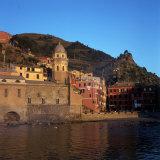 Vernazza, Cinque Terre, Italy Fotografie-Druck von Chris Rogers