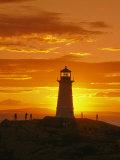 Phare au coucher du soleil Photographie par Richard Nowitz