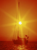 Sailboat at Sunset Fotografie-Druck