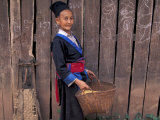 Hmong Woman in Traditional Costume, Laos Photographie par Keren Su