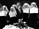 Dusty Springfield with Nuns Photographie