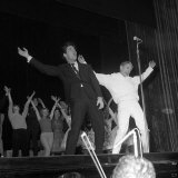 Adam Faith with Cliff Richard Rehearsing for the Royal Variety Performance, 16th May 1960 Fotografisk tryk