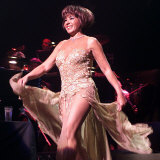 Dame Shirley Bassey in Concert in Belfast Waterfront Hall, Belfast, May 2000 Fotografie-Druck
