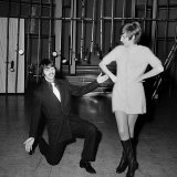Ringo Starr with Cilla Black at BBC TV Theatre on Location for Cilla's New Show Cilla, 1968 Fotografisk tryk