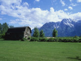 Farm Cabin, with the Chugach Mountains in the Background Photographic Print by Rich Reid
