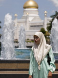 Muslim Woman with Mosque in Background, Omar Ali Saifuddien Mosque, Brunei Darussalam, Brunei Photographic Print by Holger Leue