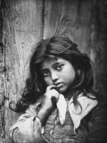 Portrait of a Small Sicilian Girl of Common Class Photographie
