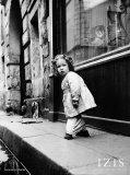 Rue Hautefeuille, Paris, c.1951 Affiches par  Izis