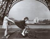 Le Remorqueur du Champ de Mars Sztuka autor Robert Doisneau