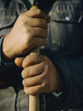View of the Hands Holding the Handle of a Shovel Fotografisk trykk av Sam Abell