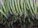 Nicole Duplaix - Asparagus at a Market in Provence Fotografická reprodukce