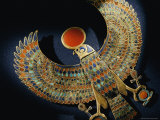 Gold Pendant of Hawk with Semiprecious Stones and Colored Glass Photographie par Kenneth Garrett