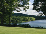 A Scenic View of Otsego Lake Near Cooperstown, New York Fotografisk tryk af Raymond Gehman