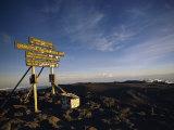 The Summit of Mt. Kilimanjaro Fotografisk tryk af Bobby Model