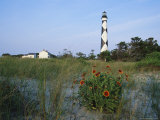 View of Cape Lookout Lighthouse Photographie par Stephen Alvarez