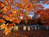 Fall Morning in a Portsmouth Cemetary, New Hampshire, USA Photographie par Jerry &amp; Marcy Monkman
