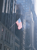 Patriotic American Flag Hanging from Building in New York City Fotodruck