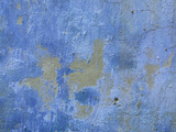 Close-up of Blue Paint Chipping from Stone Wall Reproduction photographique