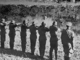 German Military Firing Squad Eliminates an Opponent of the New World Order Photographie
