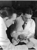 Howard Florey Injects Penicillin into the Tail of a Mouse Photographic Print