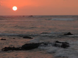 Big Island of Hawaii - Sunset from Beach Stampa fotografica di Keith Levit