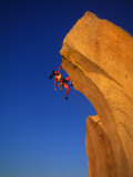 Female Rock Climber Fotodruck von Greg Epperson