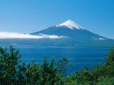Osorno Volcano and All Saints Lake, Chile Fotografisk tryk af Mary Plage