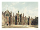 Quadrangle at Hampton Court Palace from Pyne's Royal Residences Engraved Sutherland Reproduction procédé giclée par William Westall