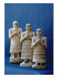 Votive Figures Unearthed at Nippur, Iraq, c.2800 BC Giclee Print by  Mesopotamian
