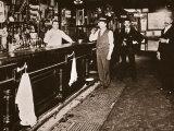 Steve Brodie in His Bar, the New York City Tavern Papier Photo par  American Photographer