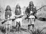 Geronimo and Three of His Apache Warriors, 1886 Photographie