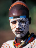 Karo Warrior in Traditional Body Paint, Ethiopia Fotografisk tryk af Janis Miglavs