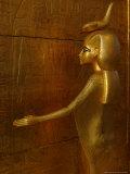 Goddess Selket, Tutankhamun Gold Canopic Shrine, Valley of the Kings, Egyptian Museum, Cairo, Egypt Fotografisk tryk af Kenneth Garrett