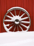 Martin Stables, Wheel Detail, Banff, Alberta Photographie par Michele Westmorland