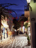 Alleyway at Night, Mykonos, Greece Fotografisk tryk af Steve Outram