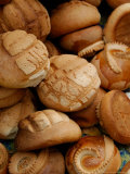 Fresh Bread Rolls, Lake Atitlan, Solola, Western Highlands, Guatemala Fotografie-Druck von Cindy Miller Hopkins