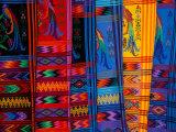 Bright Textile, Ixcel Textile Co-op, San Antonio Aguas Calientes, Guatemala Fotografisk tryk af Cindy Miller Hopkins