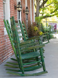 Rocking Chairs on Porch, Ste. Genevieve, Missouri, USA Fotografiskt tryck av Walter Bibikow