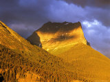 Dusty Star Mountain in Glacier National Park, Montana, USA Stampa fotografica di Chuck Haney