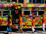 Decorated Tram at Moomba Festival, Melbourne, Australia Lámina fotográfica por Krzysztof Dydynski