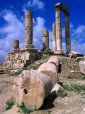 Temple of Hercules at the Citadel, Jebel Al-Qala, Amman, Jordan Fotografiskt tryck av Mark Daffey