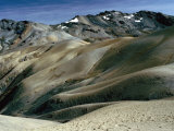 Rolling Bare Hills Leading to Mountain Range, Peru Fotografie-Druck von Richard I&#39;Anson