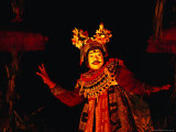 Dancer Performing Topeng Dance, Sanur, Bali, Indonesia Photographie par Richard I'Anson