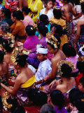 Crowd at Usaba Sambah Festival, Tenganan, Bali, Indonesia Fotografie-Druck von Richard I&#39;Anson