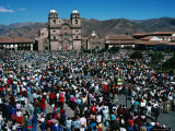 Crowds of People in Plaza De Armas, During Coprus Christi Procession, Cuzco, Peru Fotografie-Druck von Richard I&#39;Anson