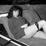 Bond Girl Sally Douglas Relaxes on Set of the Bond Film Goldfinger Starring Sean Connery Lmina fotogrfica