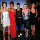 The Spice Girls Arriving at the Cafe De Paris, for Their after Show Party, April 1998 Fotodruck
